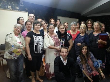 İzmir İzmir Dergisi davetlisi olarak Konak Belediyesi Türkan Saylan Kültür Merkezi'nde Psikodrama ve Sosyodrama etkinliği